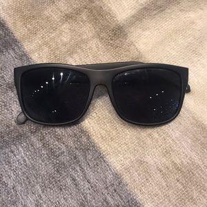 Fossil sunglasses. Fit Medium